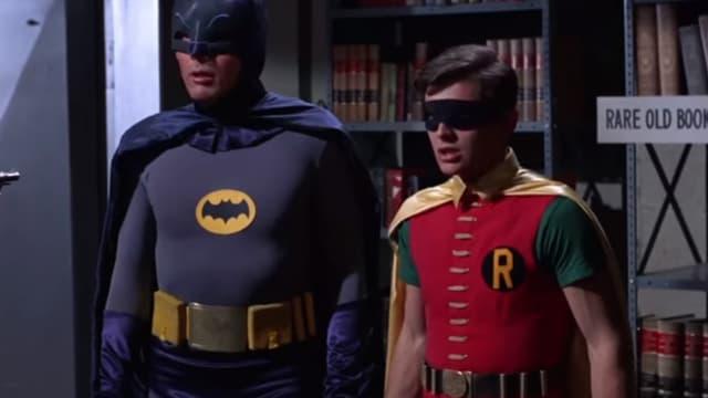 Adam West et Burt Ward dans les rôles de Batman et Robin