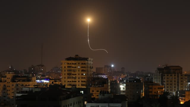Un missile israélien lancé sur Gaza City, le 13 novembre.