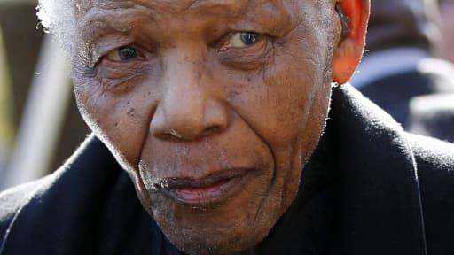 L'ancien président sud africain Nelson Mandela est âgé de 94 ans.