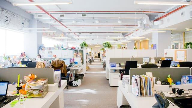 L'open space est l'espace de travail de référence des projets de groupe