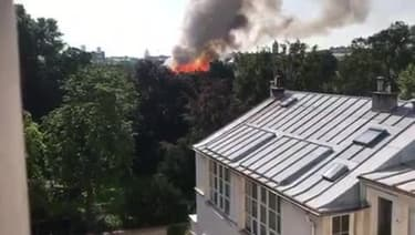 Un incendie se déclare près de Matignon à Paris - Témoins BFMTV