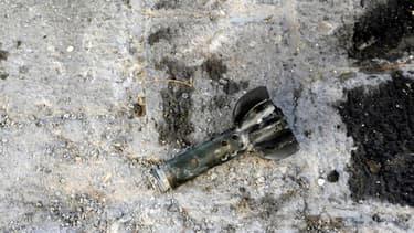 Photo de l'agence d'information officielle syrienne Sana des traces d'un tir de mortier à Damas en Syrie le 29 novembre 2013.
