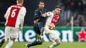Sergio Ramos face à Dusan Tadic