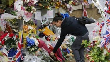Michael Adebowale, l'un des deux hommes accusés du meurtre à l'arme blanche le 22 mai d'un soldat britannique en pleine rue à Woolwich, un quartier de Londres, comparaît ce jeudi devant un tribunal. Le second accusé, Michael Adebolajo est toujours hospita