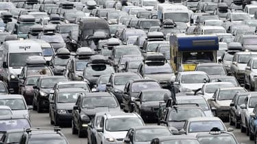 Depuis 8 ans, les sociétés d'autoroutes ont distribué 14,6 milliards d'euro de dividendes, soit plus que leurs bénéfices.