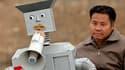 Si Wu Yulu a réussi à se faire un nom en Chine avec ses robots artisanaux, cet agriculteur de 49 ans installé dans les environs de Pékin ne compte pas s'arrêter là. Construits à partir de bouts de ferraille, les 47 enfants humanoïdes de Wu Yulu peuvent se