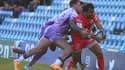 Yoann Huget tenu en respect par la défense d'Exeter.