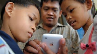 Messenger Kids n'est disponible pour l'instant que sur les mobiles Apple et seulement aux Etats-Unis