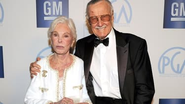 Stan Lee et son épouse Joan Lee en janvier 2012