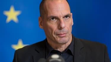 Le ministre des Finances grec, Yanis Varoufakis, estime que la Grèce n'aurait jamais dû rentrer dans l'Europe, mais que maintenant qu'elle y est, c'est à l'Europe de l'aider à régler ses problèmes.