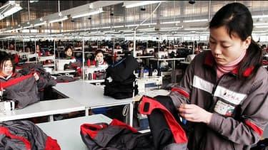 En 2012, les importations de textile chinois ont reculé de 5,38% en valeur. Mais le pays continue à dominer le marché  mondial.