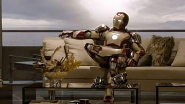 Etre Iron Man coûterait plus de dix milliards de dollars, un train de vie au-dessus des moyens de Tony Stark.
