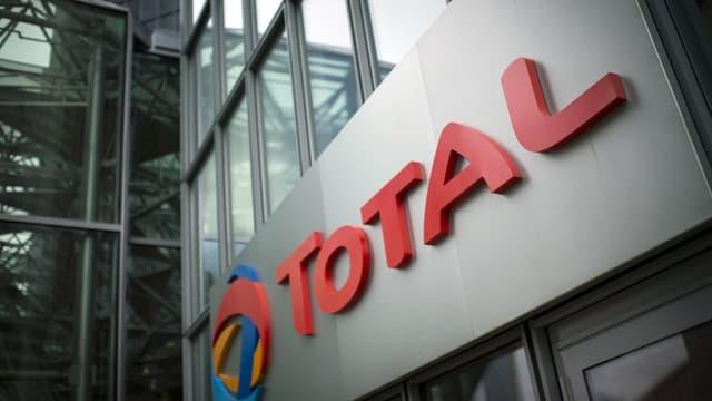 Total a été fortement impacté par la chute des cours du pétrole.
