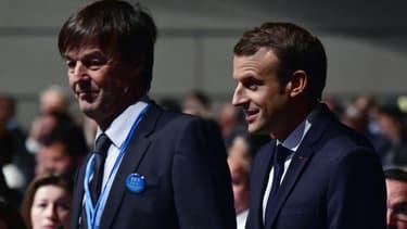 Nicolas Hulot (à gauche) et Emmanuel Macron (à droite) lors de la COP23 à Bonn, en Allemagne.