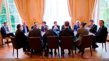Manuel Valls gagne 2.000 euros de moins que ses principaux collaborateurs.