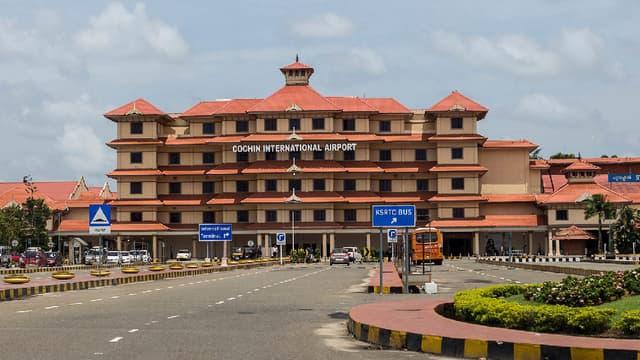 Entamée en 2013, la transition énergétique de l'aéroport international de Cochin est désormais effective.