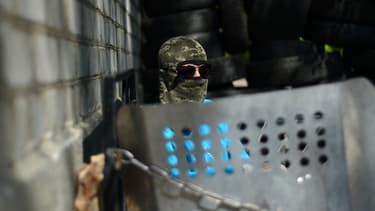 """Kiev accuse Moscou de vouloir lancer une """"Troisième guerre mondiale""""."""