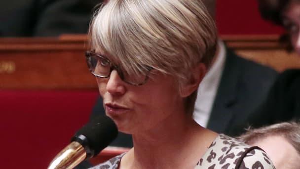 La députée écologiste Véronique Massonneau a été accueillie par des bruits de poule alors qu'elle s'exprimait à l'Assemblée nationale.