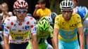 Rafal Majka (à gauche) et Vincenzo Nibali, respectivement meilleur grimpeur et maillot jaune, vont remporter 25.000 et 450.000 euros.