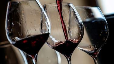 La consommation mondiale de vin en baisse de 3% en 2020