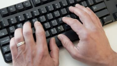 Angleterre 160 Tentatives Quotidiennes De Connexion A Des Sites Pornographiques Au Parlement