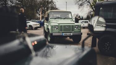 Un des Land Rover ayant participé à la cérémonie de sortie des chaines du dernier Defender à Solihull (Grande-Bretagne) le 29 janvier 2016.