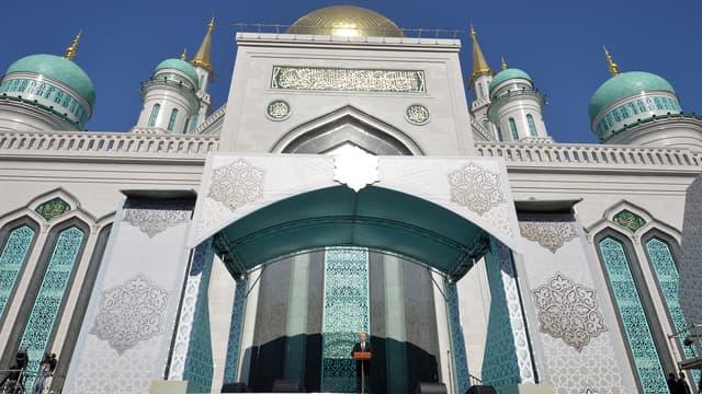 Vladimir Poutine inaugure la Grande Mosquée de Moscou, le 23 septembre.