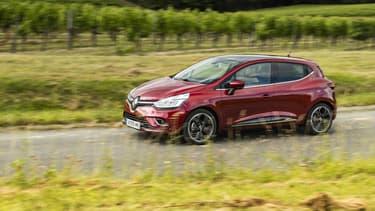 """Les Millenials restent """"la classe d'âge qui a la plus forte croissance"""" en termes d'achat de voitures neuves, en 2017, selon AAA DATA."""