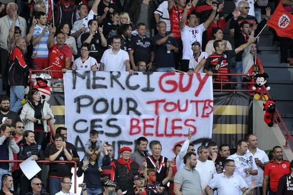 Le public du stade Ernest-Wallon rend hommage à Guy Novès