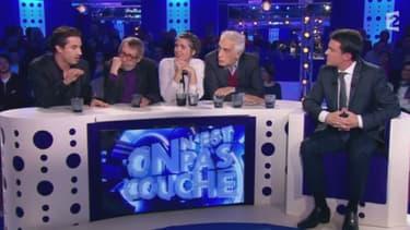 Manuel Valls sur le plateau de ONPC
