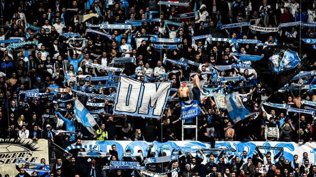 Des supporters de l'OM au stade Vélodrome