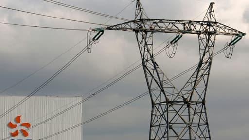 EDF compte présenter au gouvernement un plan de hausse du prix de l'électricité qui alourdirait la facture des Français de 30% d'ici 2015.