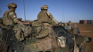 Soldats français de l'opération Barkhane, sur la base de Gao, au Mali, le 13 janvier 2017.