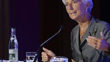 Christine Lagarde, la directrice générale du FMI a été mise en examen, en France, dans l'affaire de l'arbitrage en faveur de Bernard Tapie.