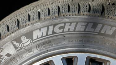 Michelin prévoit de créer dans le même temps 200 nouveaux postes, et de recruter entre 250 et 270 personnes