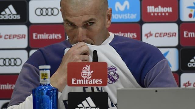 Zinédine Zidane risque gros après ses propos sur l'arbitre de Barça-Real