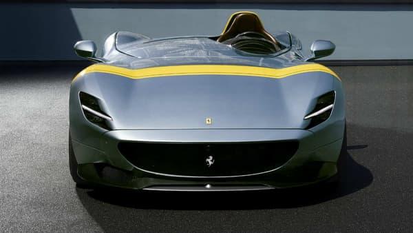 Les deux modèles disposent du nouveau moteur de la 812 Superfast, le V12 6,5 litres de 810 chevaux.