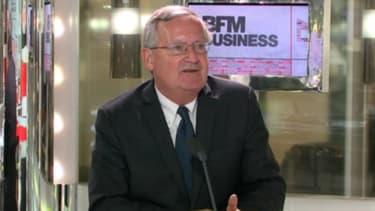 """Patrick Artus est l'auteur de l'ouvrage """"La crise de l'euro, en sortir par de nouvelles institutions"""". Il était l'invité de BFM Business ce lundi 22 octobre."""