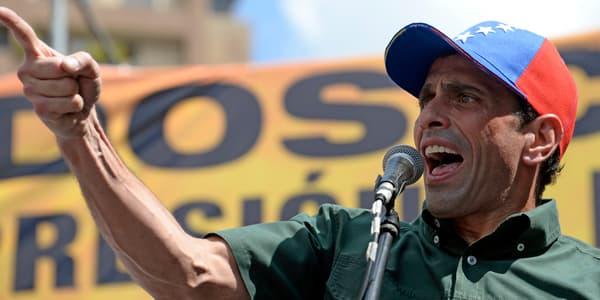Henrique Capriles s'adresse à la foule, le 22 février, à Caracas.
