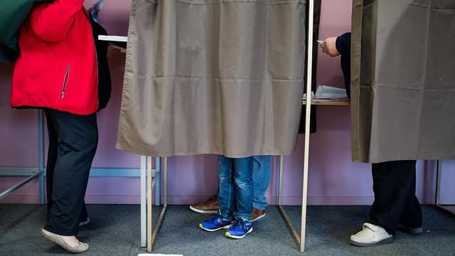 Un isoloir lors d'une élection (photo d'illustration).