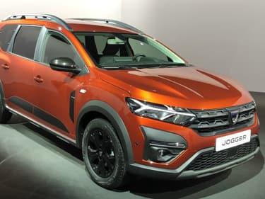 Mi break, mi SUV, Dacia dévoile le Jogger, un modèle qui peut accueillir jusqu'à 7 passagers.