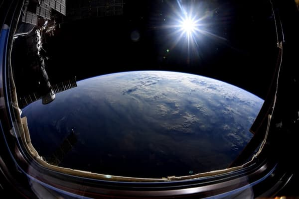 Vue de la Station spatiale internationale, le 2 octobre 2019.