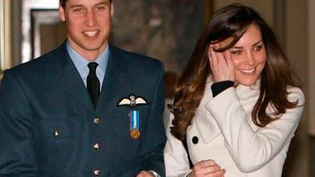 Le prince William, fils aîné du prince Charles et de feu Diana, épousera l'an prochain sa fiancée Kate Middleton. /Photo d'archives/REUTERS/Michael Dunlea/Pool