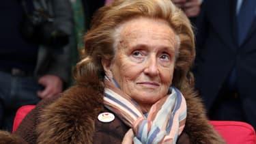Bernadette Chirac en visite dans un hôpital de Bordeaux, le 5 février, à l'occasion des 25 ans de l'opération Pièces Jaunes.