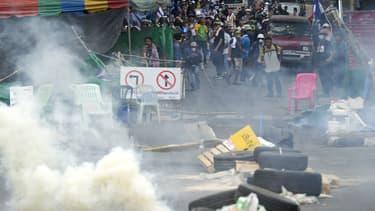 Les manifestations anti-gouvernement à Bangkok le 18 février 2014.
