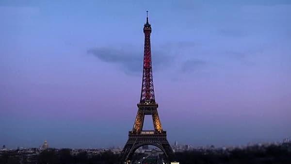 La Tour Eiffel, le 22 mars.