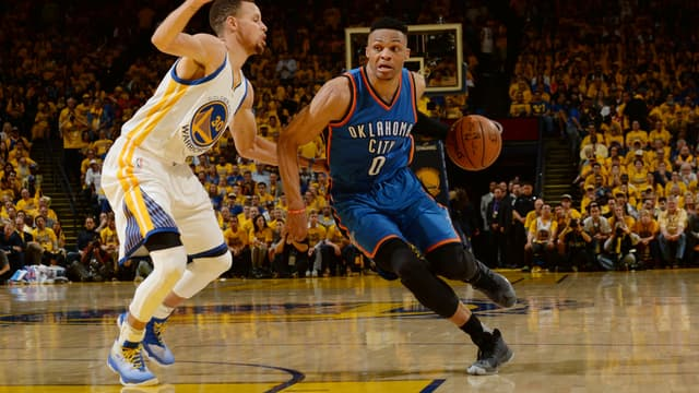 Stephen Curry face à Russell Westbrook