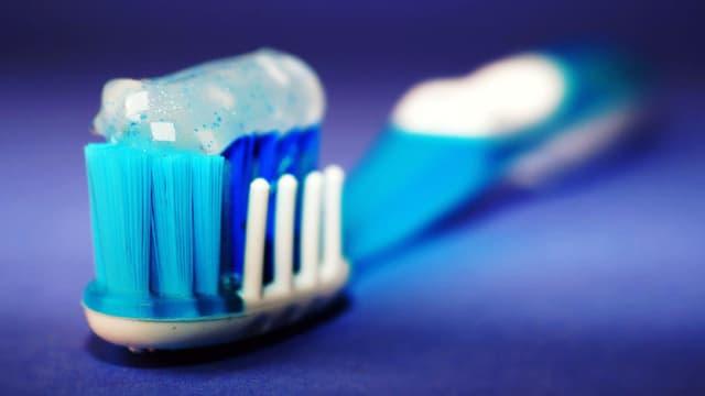 Au moins trois millions de personnes ont déjà limité leur consommation de dentifrice en France (photo d'illustration).