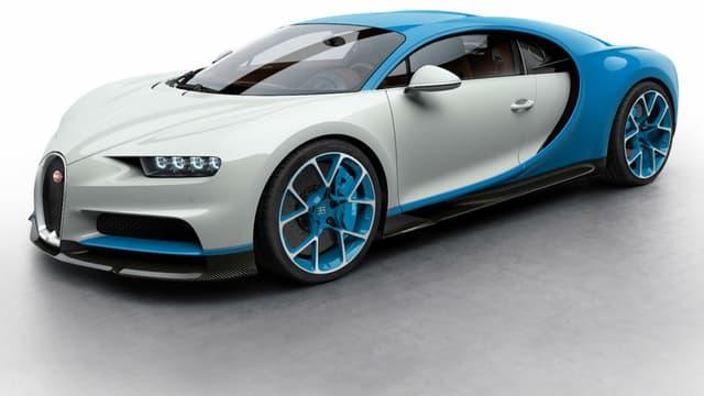 La Bugatti Chiron vendue d'occasion en Allemagne a presque le même accord de couleur.