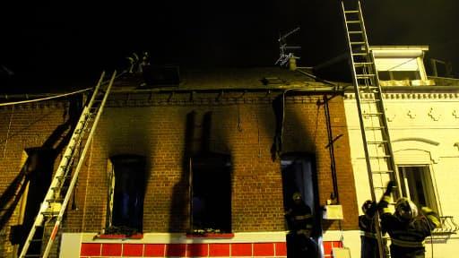 L'incendie a été maîtrisé en trois heures par les pompiers